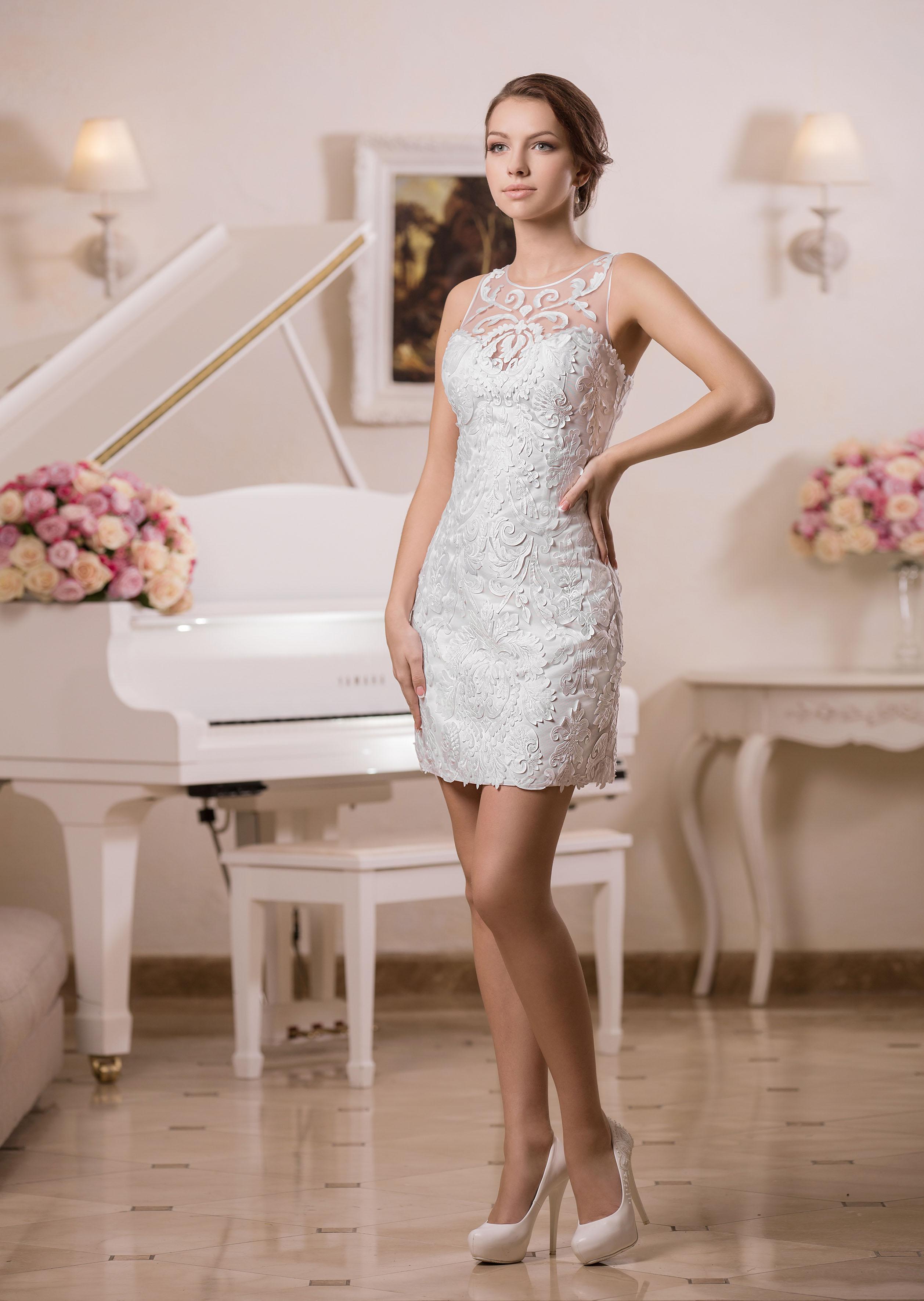 Къса сватбена рокля Alberta