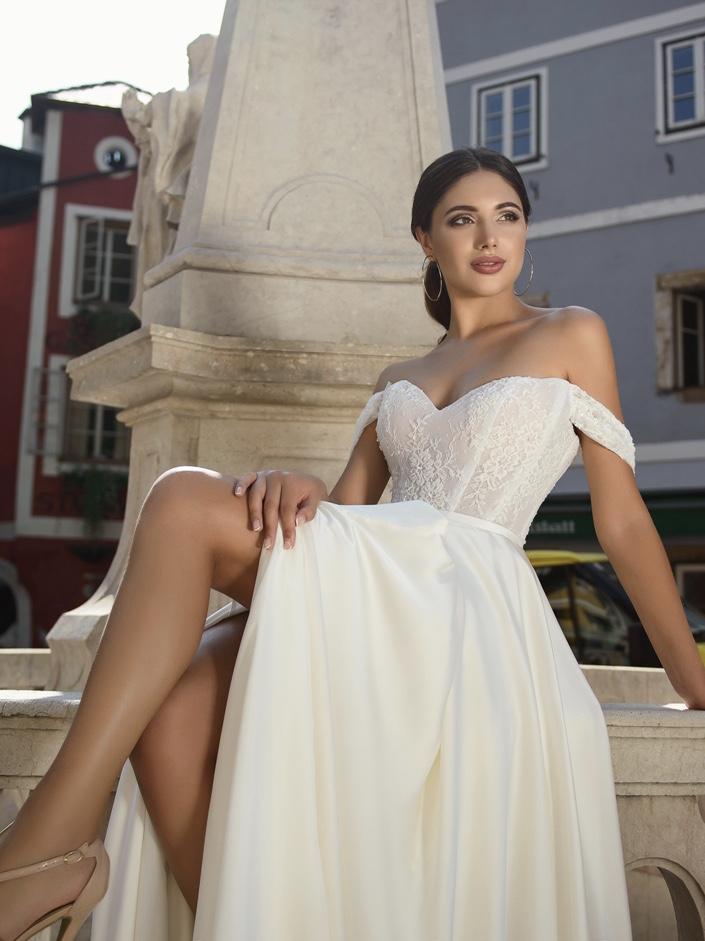 Булчинска рокля Anelia